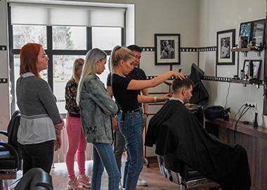 обучение парикмахеров Омск